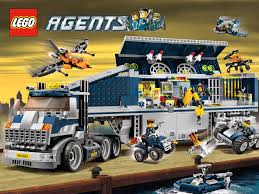 lego agents, sunday woman