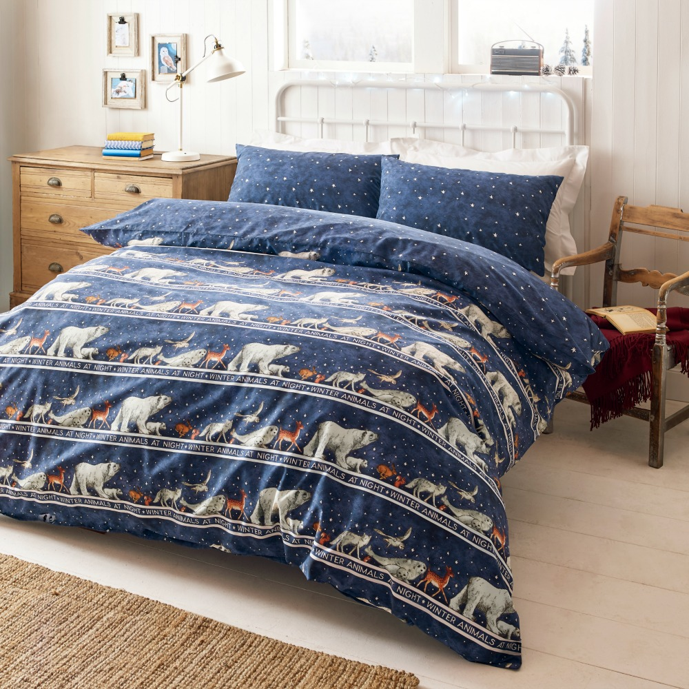 winter bedding you 39 ll want to curl up in sunday woman. Black Bedroom Furniture Sets. Home Design Ideas